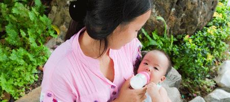 Pumped Breast Milk Can Save Your Outings